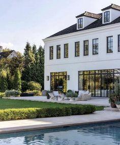 Custom Home Builders, Custom Homes, Modern Architecture House, Architecture Design, Design Architect, Small Bathroom Layout, Belle Villa, House Goals, Windows And Doors