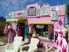 Matlacha (Pine Island), Florida - Looks like the set of To Wong Foo...