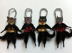 HALLOWEEN black cats set of 4 vintage style CHENILLE ORNAMENTS feather tree