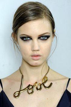 lanvin_close_up_love_paris_fashion_week