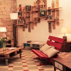 Több, mint 100 praktikus ötlet - MindenegybenBlog Palette, Pallet Projects, Pallet Ideas, Garden Styles, Outdoor Furniture, Outdoor Decor, Wood Pallets, Sun Lounger, Bookcase