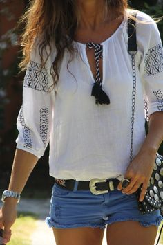 Boho blouse, blue cut-offs, chunky-buckled belt & that awesome little coin-covered cross body!