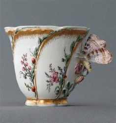 Tazzina in porcellana di Vincennes del 1750 ca.