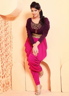 Deepika Singh of Diya Aur Bati Hum talks about stardom. Deepika Singh, India People, Bikini Images, Tv Actors, India Fashion, Beautiful Actresses, Indian Outfits, Indian Beauty, Sexy Bikini
