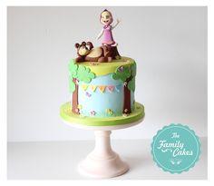 The Family Cakes: Masha e o Urso * Bolo * Cake 3rd Birthday Cakes, Bear Birthday, Birthday Diy, 2nd Birthday Parties, Masha Cake, Marsha And The Bear, Family Cake, Bolo Cake, Bear Cakes