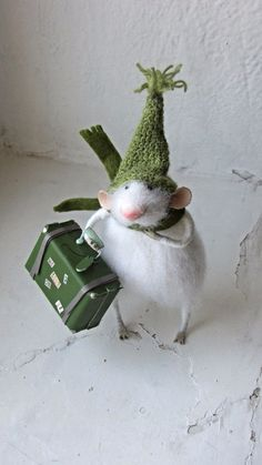 Felt mouse.Little fluffy mouse.white felted mouse by mousestories                                                                                                                                                     More