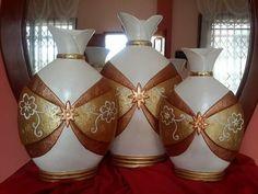Diy Bottle, Bottle Art, Bottle Crafts, Empty Bottles, Bottles And Jars, Vases, Glow Jars, Recycled Bottles, Cardboard Crafts