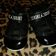 Infant Jordan's Sneakers Adorable patent leather style good condition Jordan Shoes Sneakers