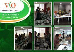0812-8784-0643 Optik Mata Bekasi  Barat Terapi Mata Minus di Bekasi Barat, Klinik Spesialis Mata di Bekasi Barat Dokter Mata di Bekasi Barat Pengobatan Mata Minus di Bekasi Barat,Klinik Pengobatan Mata di Bekasi Barat,VIO Optical Clinic merupakan pilihan tepat untuk memeriksakan kesehatan mata anda dan keluarga.VIO Opitical Clinic menjadi yang pertama di Indonesia yang menggabungkan konsep optikal dan klinik di bawah bimbingan Dokter Optometri berkompetensi Internasional