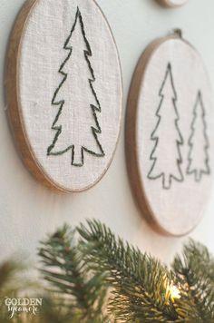 Embroidered Christmas tree hoop art Vintage, rustic, cozy Christmas decor #JMholidaystyle #holidayhousewalk2015