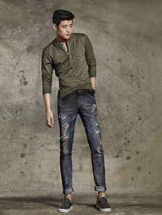 "AOA""s Seolhyunand actor Kang Ha Neul showed off their good looks as the new models for denim brand ""BUCKAROO""! The jeans AOA""s Seolhyun and Kang Ha Neul represent denim brand ""BUCKAROO"" as their new models Mens Fashion 2018, Fashion Mode, Korea Fashion, Fashion Outfits, Kpop Fashion, Night Outfits, Style Fashion, Korean Men, Asian Men"