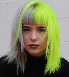 40 Two Tone Hair Styles Half Gray Half Neon Yellow Hair Source by . Neon Green Hair, Hair Color Blue, Cool Hair Color, Neon Yellow, Gray Hair, Tone Yellow Hair, Ombre Green, Two Toned Hair, Hot Hair Colors