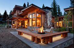 уютная терраса возле дома