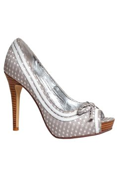 Grey Polka Dot Shoe and shoes shoes shoes fashion shoes Zapatos Shoes, Shoes Heels, Polka Dot Heels, Polka Dots, Jeweled Shoes, Shoe Gallery, All About Shoes, Pretty Shoes, Hot Shoes