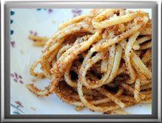Pasta con la mollica:piatto siciliano