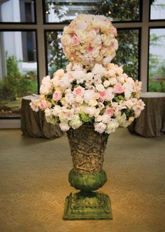 Tall floral wedding entryway arrangement with beautiful pastel florals. Photo by Ace Cuervo Photography. #wedding #decor #floral