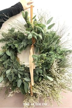 WOW! I am so happy I found this post!! These Christmas wreaths for your front to make are fantastic! I know exactly what Christmas wreath I am going to get this year now. Christmas Wreaths For Windows, Christmas Decorations For The Home, What Is Christmas, Diy Christmas, Holiday, Christmas Aesthetic, Decor Ideas, Happy, Vacations