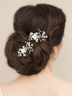 Bridal Flower Hair Comb ~ Juliet - Bridal Hair Accessories, Wedding Headpieces, Bridal, Wedding, Hair Accessories, Headpieces, Combs, Clips, Hair Pins, Flowers, Headbands, Tiaras, Jewelry, Vintage, Beach - Hair Comes the Bride.