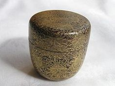 Japanese lacquer natsume (tea caddy) 1880-1900 Amazing Artwork, Cool Artwork, Japanese Culture, Japanese Art, Matcha, Japanese Tea Ceremony, Tea Caddy, My Cup Of Tea, Metal Working