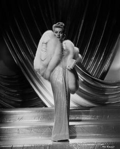 Lana Turner    What a great fur!
