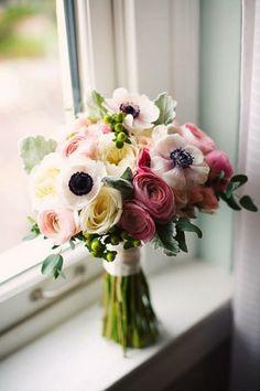 Sarah Seven: Sarah Seven's Pretty & Prim Pearl Gown. Gorgeous wedding bouquet!