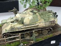 http://www.wehrmacht-info.com/images/eventos/modelismo_torrent_2012/diorama_panther_g.jpg