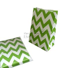 Lime Chevron Standing Treat Bags - Pack of 12/ Lolly Buffet Supplies