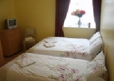 Croke Park browse is found on an honest location in Drumcondra, eire national capital port in eire for more dial 18570092 Dormitory Room, Croke Park, Triple Room, Holiday Apartments, Best Location, Bed And Breakfast, Dublin, The Good Place, Family Room