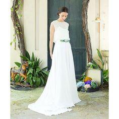 "Sweet dreams! A soñar bonito! 💛  ""Mon Enfant"" - Bridal Collection 2016  #monenfant #martamarti #martamartinovias #instamood #bridetobe #fashion #couture #outfit #ootd #bride #picoftheday #casamento #wedding #noviasmartamarti #noviasreales #martamartinovias #vestidonovia #vestidodenoiva #weddingdress #hautecouture"