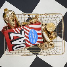 The Anya Hindmarch Mini-Mart is now open at 99 Mount Street, London. Image features the Daz Georgiana clutch.
