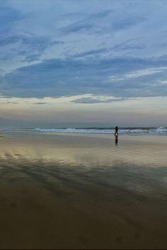 A Ilha do Mel, no Paraná, é um dos destinos de praia mais paradisíacos do Brasil. As praias lindas e praticamente desertas são o ambiente perfeito para um encontro romântico, viagem a dois, viagens de casal, ou mesmo um passeio com amigos que adoram estar em contato com a natureza.