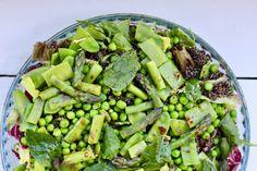 Forårssalat med grønne asparges og ristede quinoa Quinoa, Vegetables, Lasagna, Veggies, Vegetable Recipes