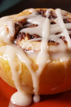 Cinnamon Roll-Stuffed Apples