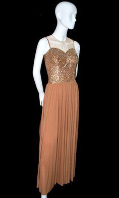 1940s Vintage Evening Gown from dressingvintage.com