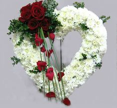 Beautiful open Funeral heart with white and red flowers. Flower Wreath Funeral, Funeral Flowers, Wedding Flowers, Funeral Floral Arrangements, Modern Flower Arrangements, Red Flowers, Beautiful Flowers, Bouquet Flowers, Red Roses