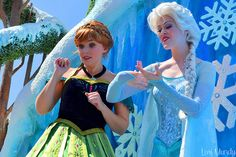 Festival Of Fantasy,Elsa and Anna, Face Characters, Disney Characters, Fictional Characters, Frozen Face, Best Sister Ever, Frozen Sisters, Elsa Anna, Princesas Disney, Fantasy