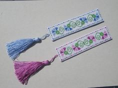 How to make a cross stitched bookmark. Free tutorial