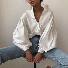 Mode Outfits, Fashion Outfits, Fashion Shirts, Fashion Fashion, Fashion Clothes, Trendy Fashion, High Fashion, Fashion Ideas, Origin Clothing