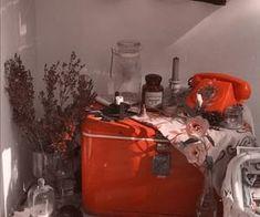 korean home decor aesthetic room decor seoul beige coffee cream milk tea ideas wooden light soft minimalistic 아파트 장식 アパート 装飾 aesthetic home interior apartment japanese kawaii g e o r g i a n a : f u t u r e h o m e Estilo Retro, Aesthetic Rooms, Aesthetic Themes, Home And Deco, Aesthetic Vintage, Red Aesthetic Grunge, My Room, Red Gold, Aesthetic Wallpapers