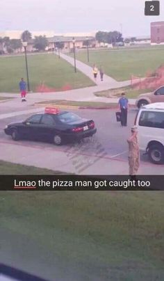 Pizza man caught in colors lol Usmc, Marines, Air Force Memes, Proud Of My Son, Army Brat, Military Humor, Got Caught, Girly Things, Funny Pictures