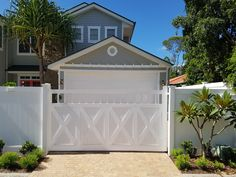 This excellent white garage door is definitely an inspiring and great idea .This excellent white garage door is definitely an inspiring and great idea whitegaragedoorCustom Hampton style garage door - Stoddart GroupCustom Hampton style garage White Garage Doors, Faux Wood Garage Door, Custom Garage Doors, Best Garage Doors, Garage Door Design, Custom Garages, Fence Design, Garden Design, Die Hamptons