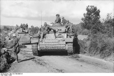 Panzer IV in Tunisia.  The Panzer IV was the mainstay of the German Panzer divisions.(original caption).  Actually the tank is a Panzer III with a 50mm cannon.