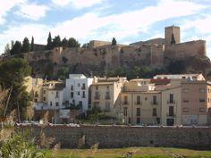 Os invitamos a pasear por el  Castillo de la Suda o de Sant Joan.  #historia #turismo  http://www.rutasconhistoria.es/loc/castillo-de-la-suda-o-de-sant-joan