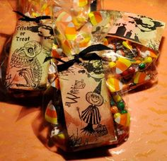 #Halloween #treat bags with Lyneen Jesse for vlvstamps.com using #stamps