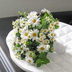 Brautstrauß mit Margeriten - Hochzeit in Düsseldorf Hochzeitsblumen / Hochzeitsfloristik / Blumen zur Hochzeit