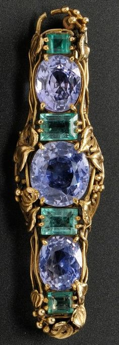An Arts & Crafts Gold Gem-set Brooch, Tiffany & Co. Set with three cushion-cut sapphires flanked by step-cut emeralds all within scrolling foliate devices, 2 in. Art Nouveau Jewelry, Jewelry Art, Antique Jewelry, Vintage Jewelry, Jewelry Design, Tiffany Art, Tiffany Jewelry, Sapphire Pendant, Ruby Pendant