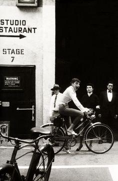 Audrey_Hepburn_on_bike.