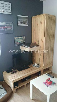 Modular Pallet TV Stand