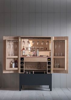 cabinet drinks frans pinch from Frans drinks cabinet from PinchYou can find Drinks cabinet and more on our website Bar Furniture, Cabinet Furniture, Luxury Furniture, Furniture Design, Shaker Furniture, Mini Bar, Billy Regal, Modern Cabinets, Modern Drinks Cabinet