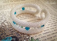 Tutorial the bracelet on memory wire of crochet beaded rope ...